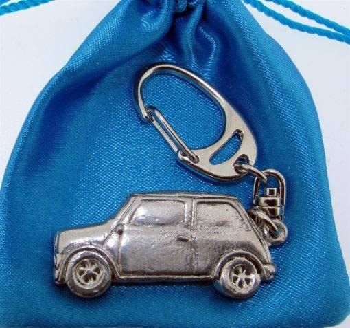 Classic Car (MC) Keyring - high quality pewter gifts from Pageant Pewter