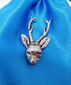 Roe Deer Head Pin Badge - high quality pewter gifts from Pageant Pewter