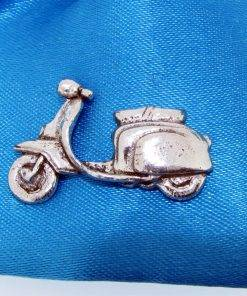 Scooter L Pin Badge - high quality pewter gifts from Pageant Pewter