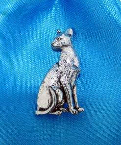 Oriental Shorthair Cat Pin Badge - high quality pewter gifts from Pageant Pewter