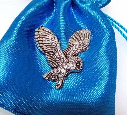 Barn Owl Pin Badge - high quality pewter gifts from Pageant Pewter