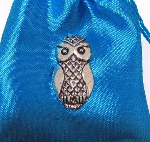 Sylised Owl Pin Badge - high quality pewter gifts from Pageant Pewter