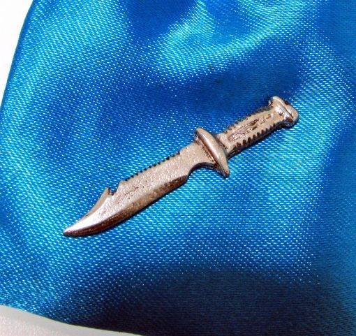 Diving Knife Pin Badge - high quality pewter gifts from Pageant Pewter