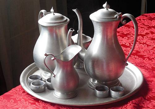 Historical pewter tableware